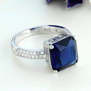 Inel argint Solitar cu piatra mare Albastra si pietre laterale - ICR0087