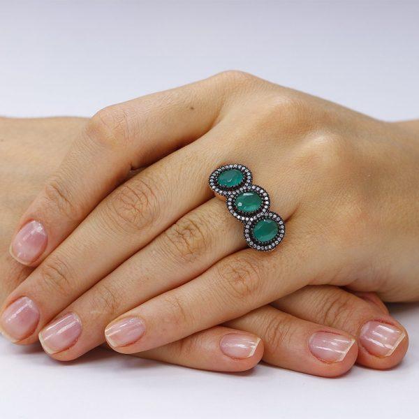 Inel cu pietre, din argint 925. Trei Agate Fancy Anturaj cu cristale TRSR151, Corelle