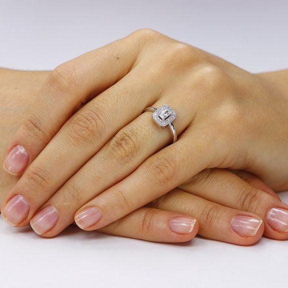 Inel argint Solitar cu cristale TRSR237, Corelle